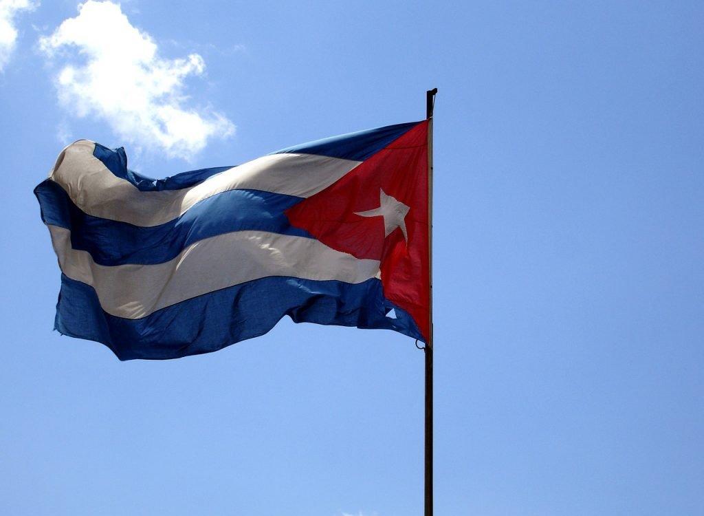 flag-677901_1280.jpg